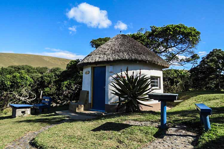Coffee Bay - Coffee Shack - Traditional Hut - Rondavel